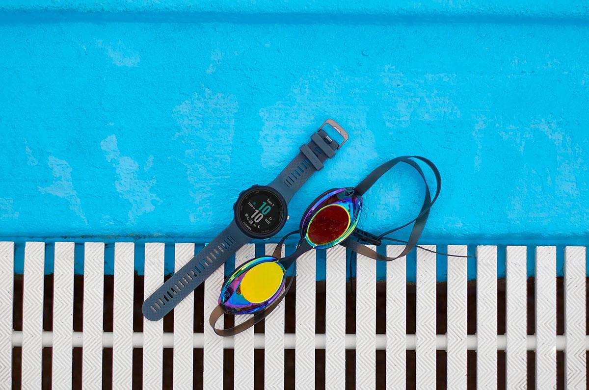 Часы Garmin Swim 2